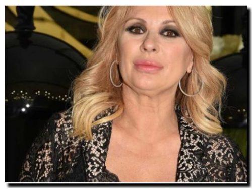 La rabbia di Tina Cipollari contro chi ipotizza la fine con Vincenzo Ferrara.